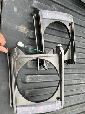 1984 Toyota pickup grill and headlight bezel for Sale in Tucson, AZ