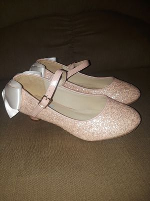 Kailee P. (Youth size 3) Dusty pink for Sale in San Antonio, TX