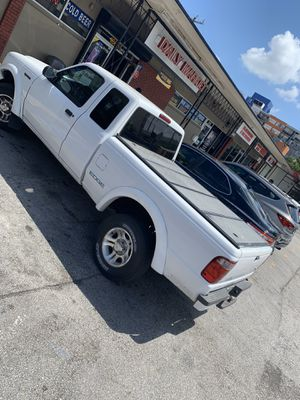 FOR SALE MY BEAUTIFUL AND POWERFUL FORD RANGER EDGE 2002 for Sale in North Miami Beach, FL