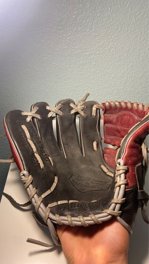 RAWLINGS BASEBALL GLOVE FOR LEFT HANDED THROWERS for Sale in Union City, CA