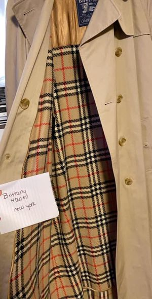 burberry trench coat for Sale in East Yaphank, NY
