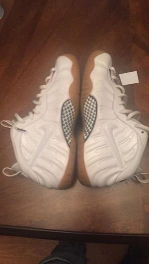 Nike white Gucci foams for Sale in Garner, NC