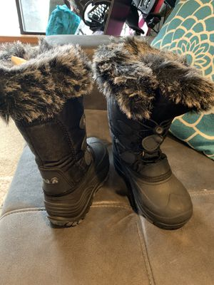 Kamik girls snow boots size 13 for Sale in Maple Valley, WA