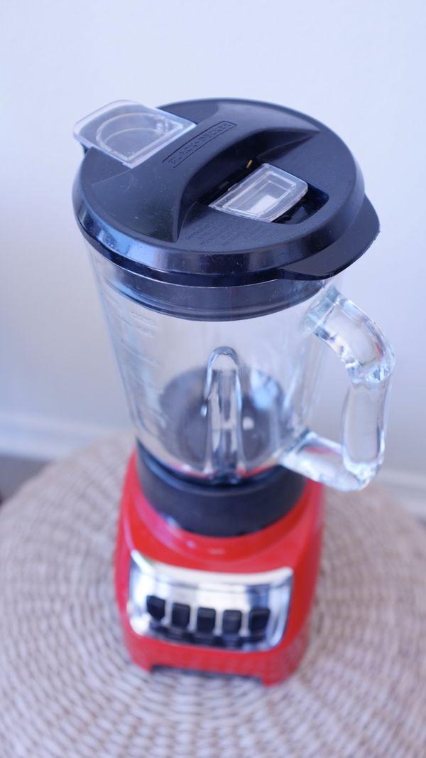BLACK+DECKER Countertop Blender 6-Cup, 10-speed, Red