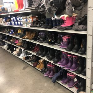 Rain boots for kids sexy boots men's boots women's boots all kinds of boots…… I mention we have lots of boots for Sale in Los Angeles, CA