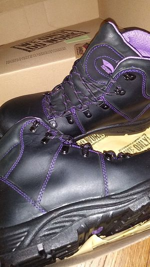 Avenger work boots size 11 for Sale in Maple Heights, OH