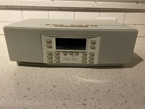 Working Model 88CD by Henry Kloss remote control external antenna CD player big sound Alarm clock with snooze. Just like a boss system for Sale in Oakland Park, FL