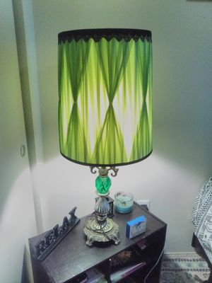Emerald green vintage lamp for Sale in San Marcos, TX