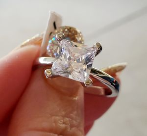 3ct princess cut wedding ring.... size 10 for Sale in Riverside, CA