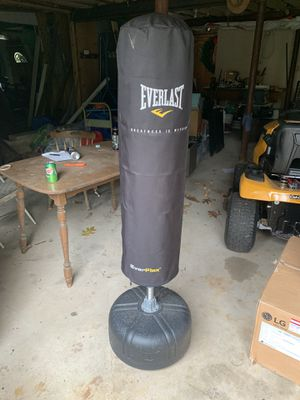 Everlast ever flex freestanding punching bag for Sale in New Haven, CT