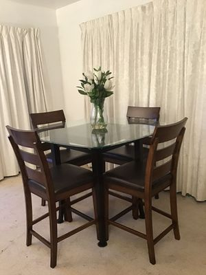 Glass & Wood Dining Table for Sale in Norwalk, CA