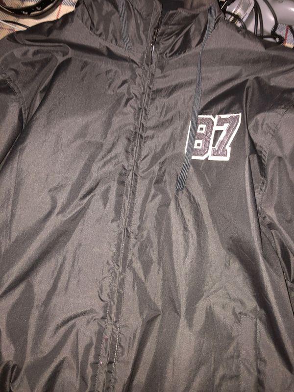 Jacket/Windbreaker