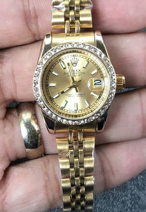 Luxurious womens watch for Sale in Haines City, FL
