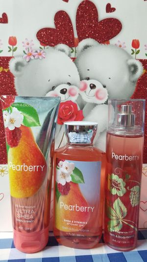 BATH AND BODY WORKS- PEARBERRY for Sale in Stanton, CA