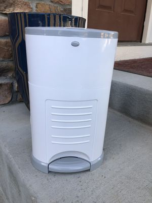 Dekor- diaper genie for Sale in Parker, CO