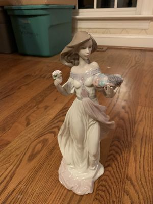 Lladro glass figurines for Sale in Bryn Mawr, PA
