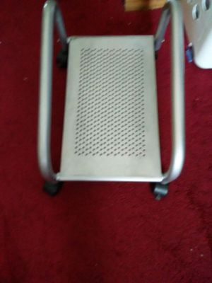 Computer monitor stand for Sale in Columbus, OH