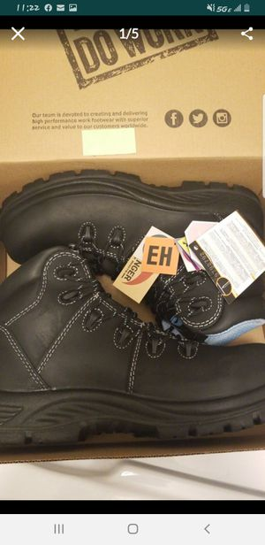 Avenger work boots for Sale in Federal Way, WA