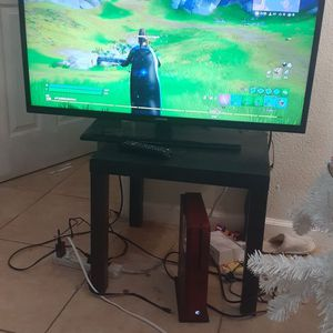 """Tv Samsung 40"""" Has Control for Sale in Las Vegas, NV"""