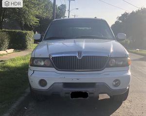 Lincoln Navigator 2000 for Sale in Dallas, TX
