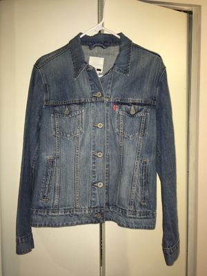 Levi's denim jacket like new size L for Sale in Fairfax, VA