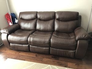 Sofa (Real leather, power reclining) for Sale in Herndon, VA