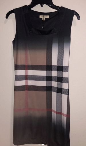 Burberry women dress small good condition for Sale in Raleigh, NC