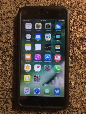 64GB APPLE IPHONE 6s PLUS (SCREEN CRACKED) WORKS GREAT! for Sale in Houston, TX