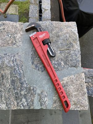 Milwaukee 18 in. Steel Pipe Wrench for Sale in The Bronx, NY