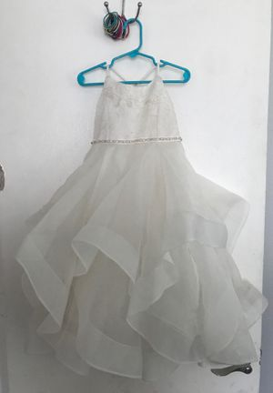 Size 4 flower girl dress for Sale in Tampa, FL