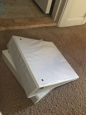 "Free 2"" Binders for Sale in Manassas, VA"