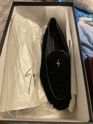Giuseppe size 10 brand new for Sale in Los Angeles, CA
