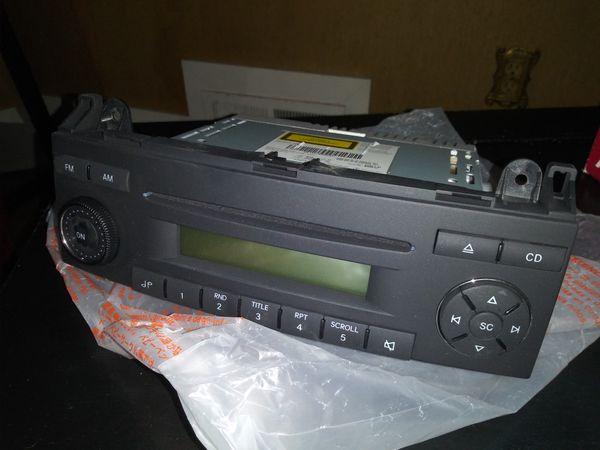 Original new Mercedes CD/FM RADIO