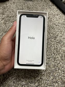 iPhone XR  for Sale in Gaithersburg, MD