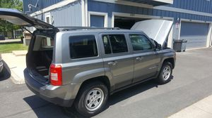 Jeep patriot 2012. Price a lot lower than KBB. PLEASE COMPARE TO OTHER PEOPLE PRICES WITH SAME CAR! for Sale in Aurora, CO