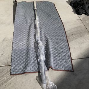 Brand New 7ft 45lbs Olympic Barbell for Sale in Los Angeles, CA