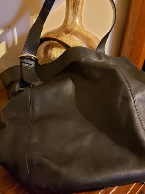 Women's Exlarge Leather Coach for Sale in Streetsboro, OH
