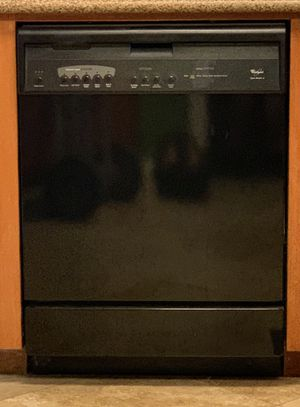 Whirlpool Dishwasher - free for Sale in Orange, CA