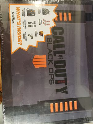 Call of Duty: Black Ops 4 collectors box for Sale in Phoenix, AZ