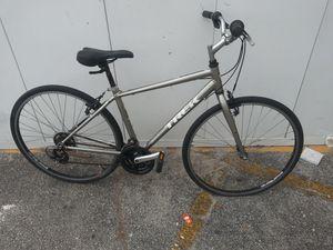 Trek fx 7.0 hybrid bike for Sale in Fort Lauderdale, FL