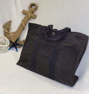 Hermes Grey Canvas Herline MM Tote Bag for Sale in Palm Beach Gardens, FL