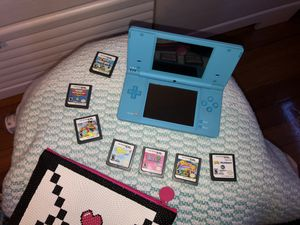 Nintendo DSi + 7 games + Free bag for Sale in South Attleboro, MA