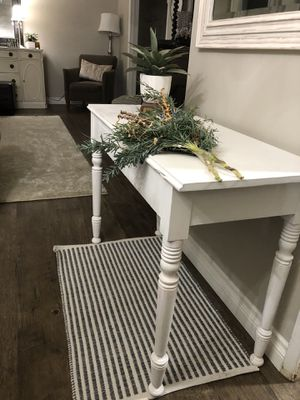 White vintage table , Northridge for Sale in Los Angeles, CA