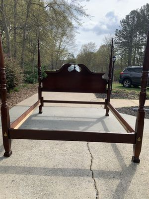 4 Poster Bed for Sale in Taylors, SC