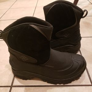 New Mens Columbia snow Boots $55. Size9. Skokie Area for Sale in Skokie, IL