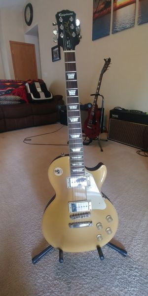 Epiphone Les Paul Gold Top Traditional Pro with P90 pickups for Sale in Tacoma, WA