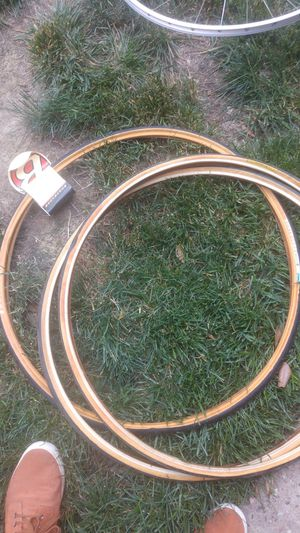 700x25 road bike tires for Sale in Washington, DC