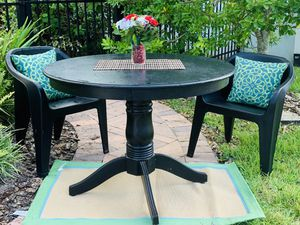 Black Round Wood Breakfast Table with 2 Black Resin Chairs for Sale in Riverview, FL