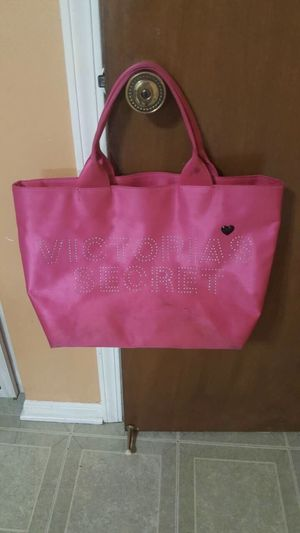 V.S Tote Bag for Sale in Shelby Charter Township, MI