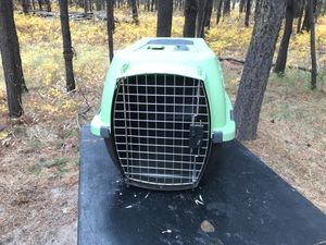 Carry kennel with pop top for Sale in Bend, OR